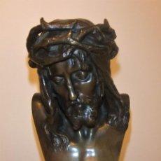 Arte: CABEZA DE CRISTO CORONADO DE ESPINAS DE EUGÈNE MARIOTON (1854-1933) BRONCE. Lote 189108277