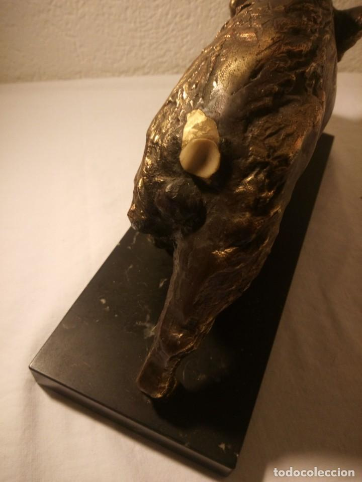 Arte: Bonito jabalí hecho en resina base de mármol. - Foto 5 - 189670182
