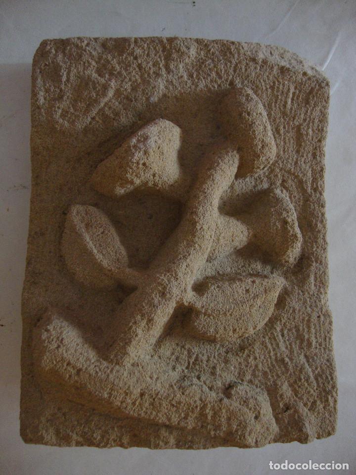 ANTIGUA PIEDRA ARENISCA TALLADA A MANO (Arte - Escultura - Piedra)