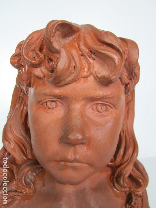 Arte: Preciosa Escultura - Busto de Niña - Gustavo Obiols de Delgado (1858-fl. 1902) - Data 1878 - Foto 4 - 190798723