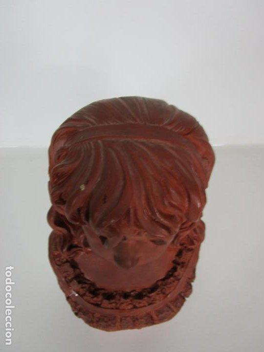 Arte: Preciosa Escultura - Busto de Niña - Gustavo Obiols de Delgado (1858-fl. 1902) - Data 1878 - Foto 8 - 190798723