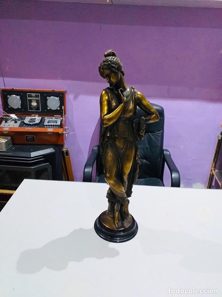 Arte: Antigua escultura resina grandes dimensiones-67 cm-ver las fotos - Foto 2 - 190877592