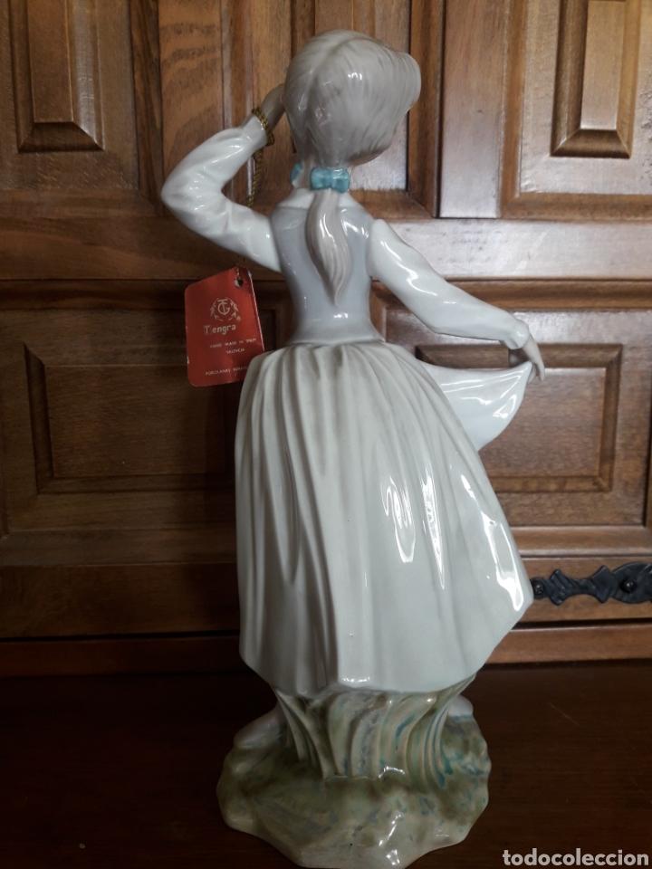 Arte: Antigua figura de porcelana Tengra - Foto 3 - 191073543