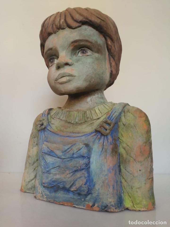 Arte: Escultura de terracota busto niño Firmada y fechada 1996 - Foto 4 - 193761676