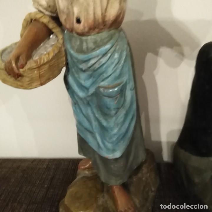 Arte: Antigua pareja de figuras de barro granadino, cenacheros malagueños años 20 - Foto 6 - 193868800