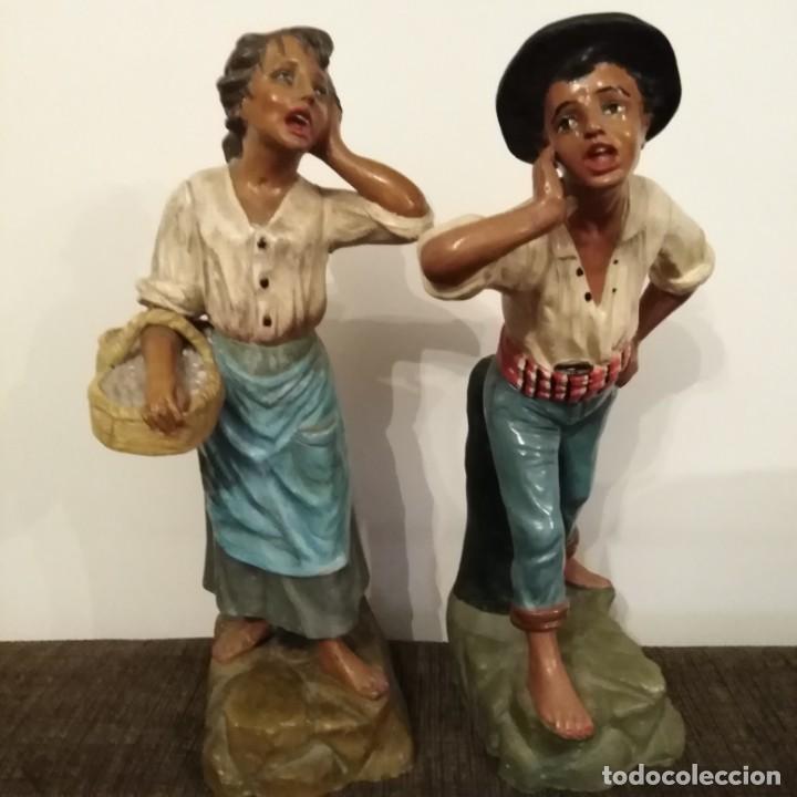 Arte: Antigua pareja de figuras de barro granadino, cenacheros malagueños años 20 - Foto 7 - 193868800