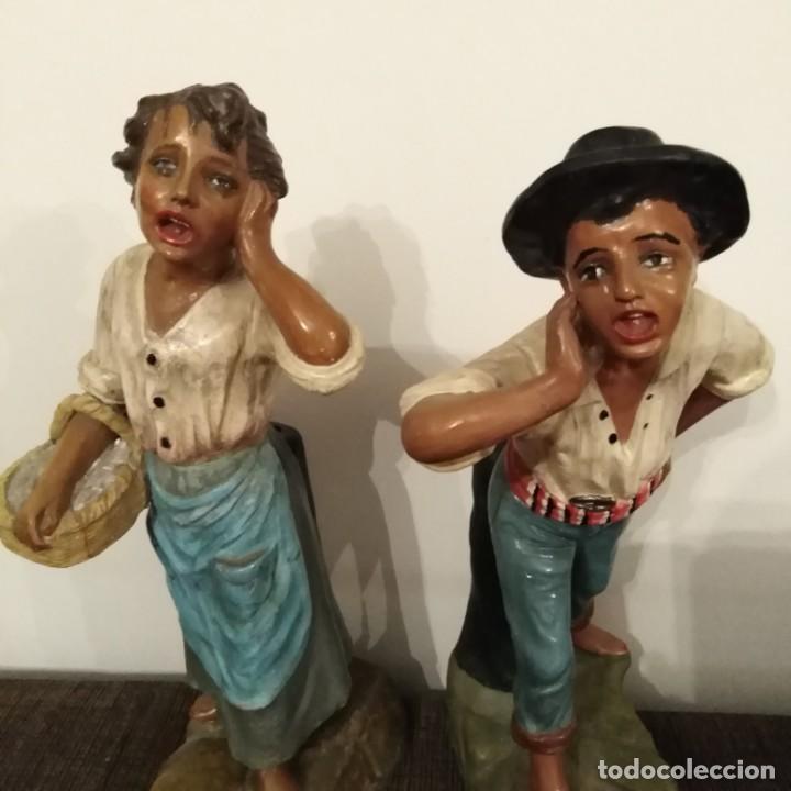 Arte: Antigua pareja de figuras de barro granadino, cenacheros malagueños años 20 - Foto 9 - 193868800