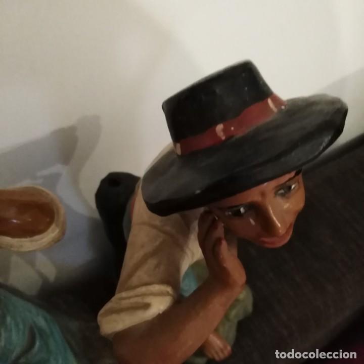 Arte: Antigua pareja de figuras de barro granadino, cenacheros malagueños años 20 - Foto 12 - 193868800