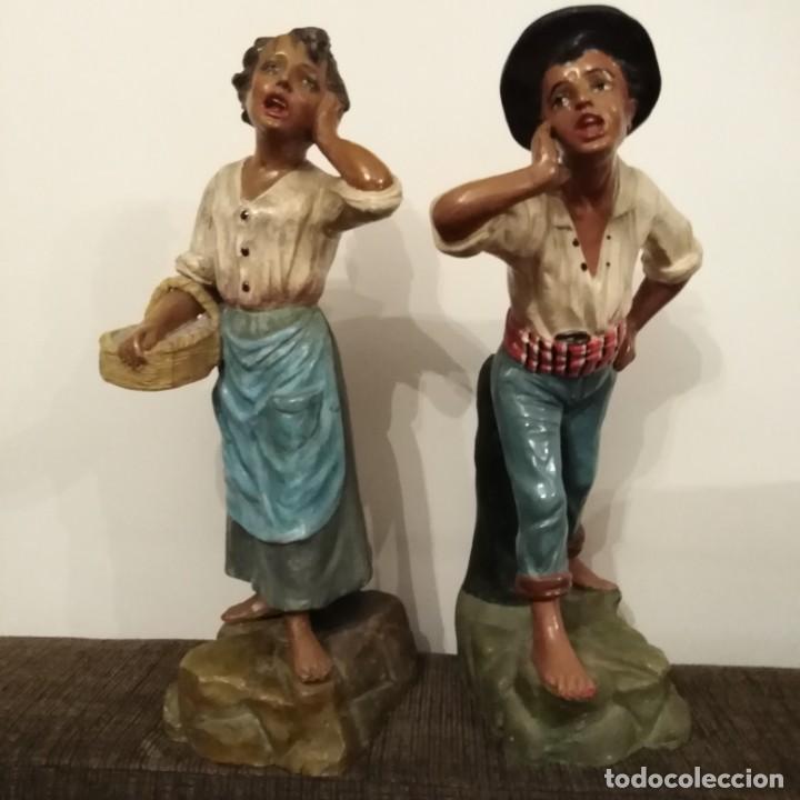 Arte: Antigua pareja de figuras de barro granadino, cenacheros malagueños años 20 - Foto 16 - 193868800