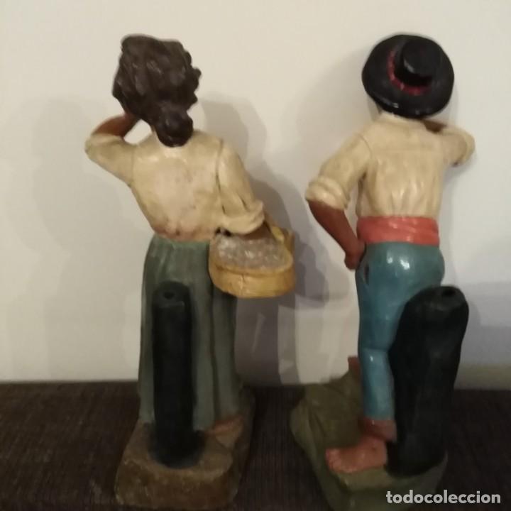 Arte: Antigua pareja de figuras de barro granadino, cenacheros malagueños años 20 - Foto 20 - 193868800