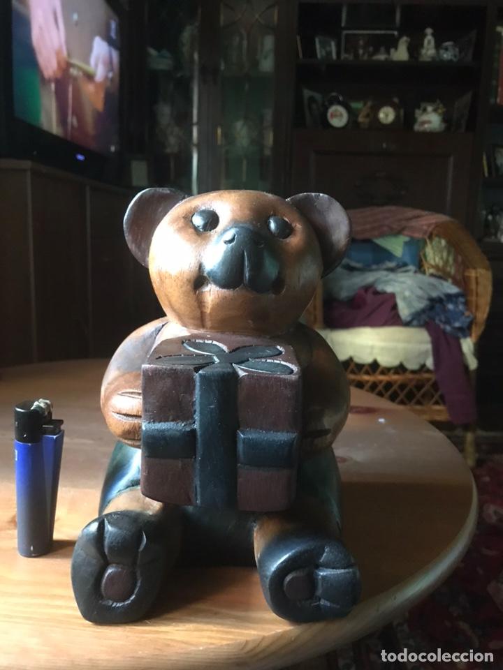 """Arte: Talla de madera """" oso con caja de regalo """" , años 50 - Foto 6 - 194117951"""