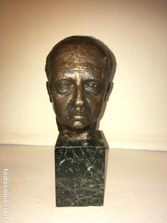 Arte: Escultura busto Francisco Franco por Santiago de Santiago,20 de mil. año 1982. 13 cms.Hispania Arte - Foto 5 - 194334557