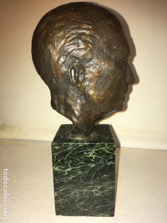 Arte: Escultura busto Francisco Franco por Santiago de Santiago,20 de mil. año 1982. 13 cms.Hispania Arte - Foto 7 - 194334557