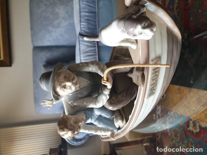 Arte: Lladró porcelana barca Paloma abuelo y niño - Foto 4 - 194348833