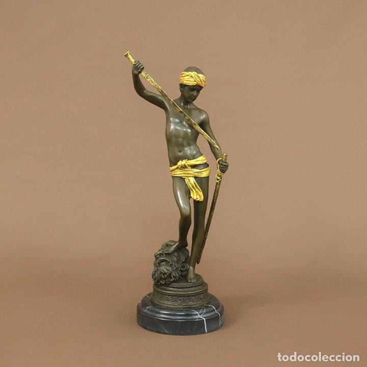 FIGURA DE BRONCE. DAVID CON ESPADA -DORADO (Arte - Escultura - Bronce)