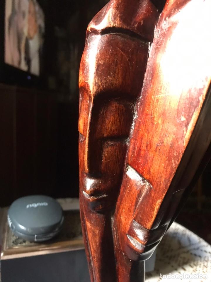 Arte: Escultura de madera de caoba, influencias Africanas de 1991 - Foto 2 - 194393410
