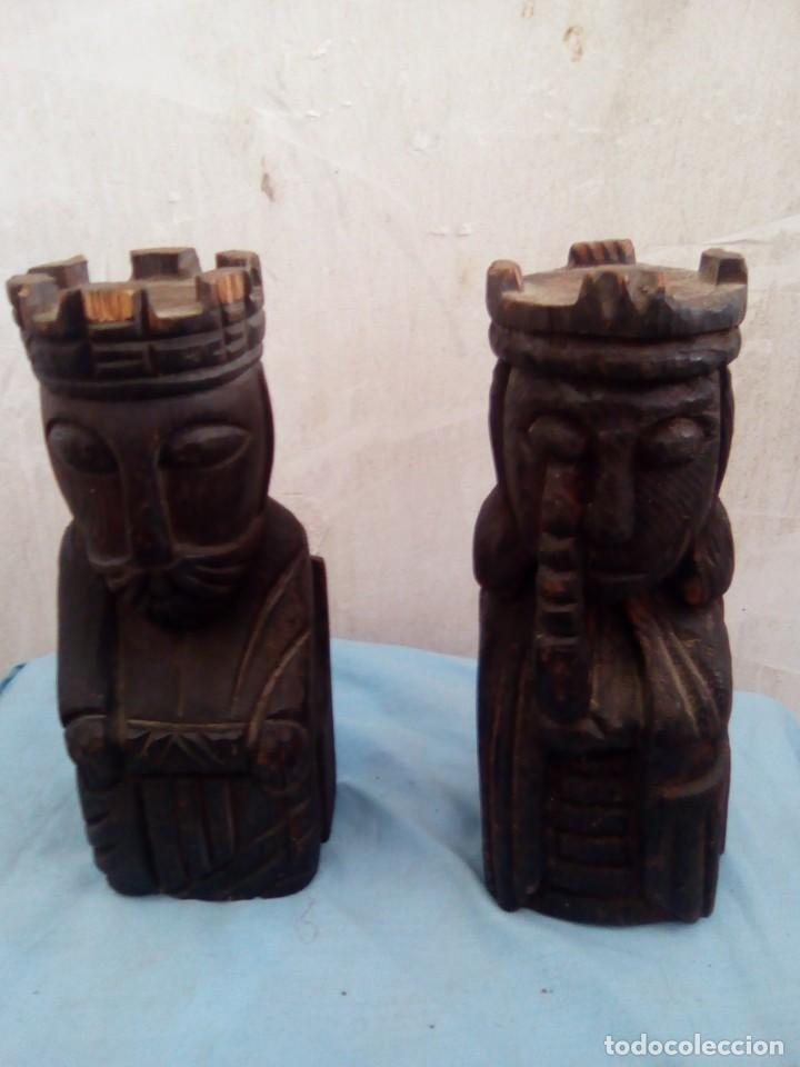 2 SUJETA LIBROS DE MADERA LOS REYES (Arte - Escultura - Madera)