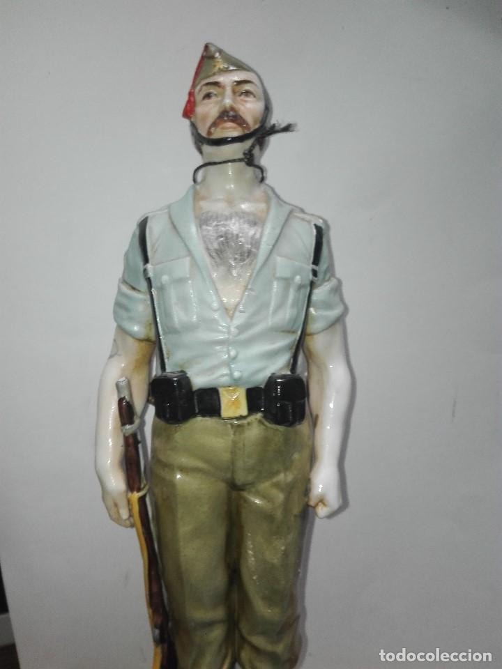 FIGURA LEGIONARIO ESPAÑOL (Arte - Escultura - Porcelana)