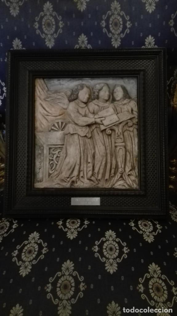 RELIEVE ÁNGELES CANTORES RÉPLICA DEL SIGLO 15 EN PIEDRA (Arte - Escultura - Piedra)