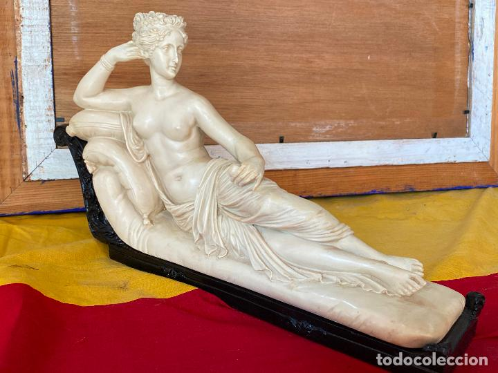 PRECIOSA VENUS VICTRIX EN TRICLINIO*(PAULINE BONAPARTE AS VENUS VICTRIX) 36X20 CM CAMPOS ORRICO (Arte - Escultura - Resina)