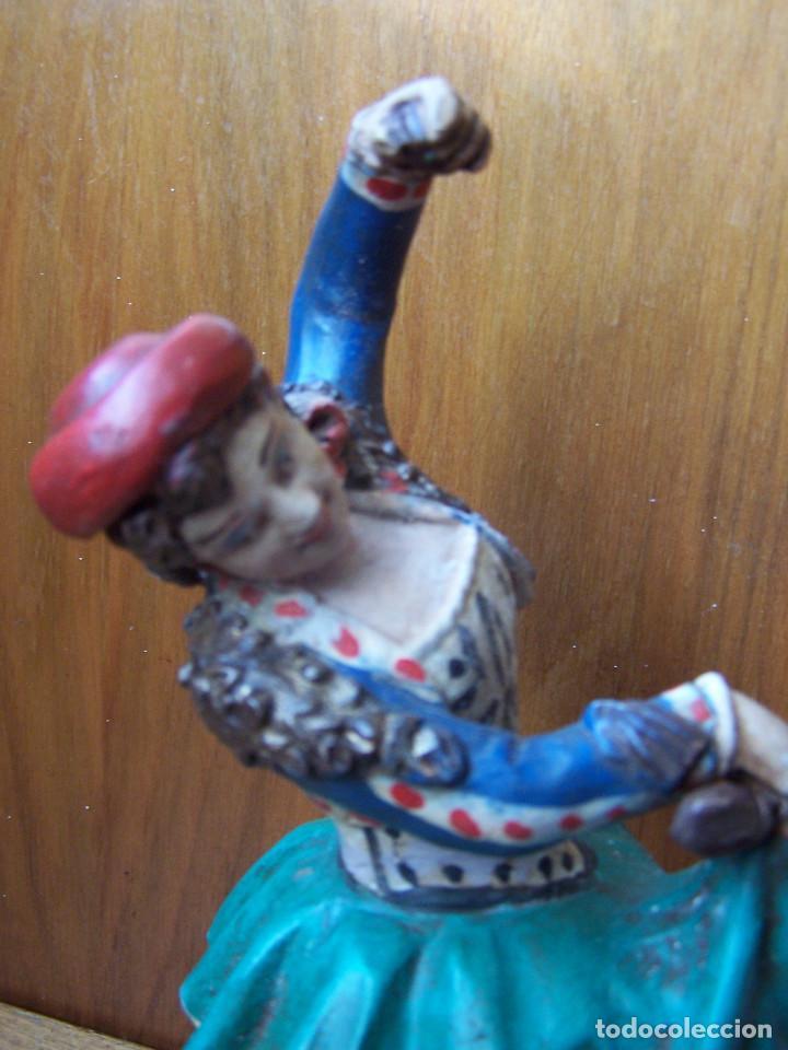 Arte: Figura de terracota de una Granadina bailando y tocando las castañuelas, barro granadino. - Foto 6 - 195629510