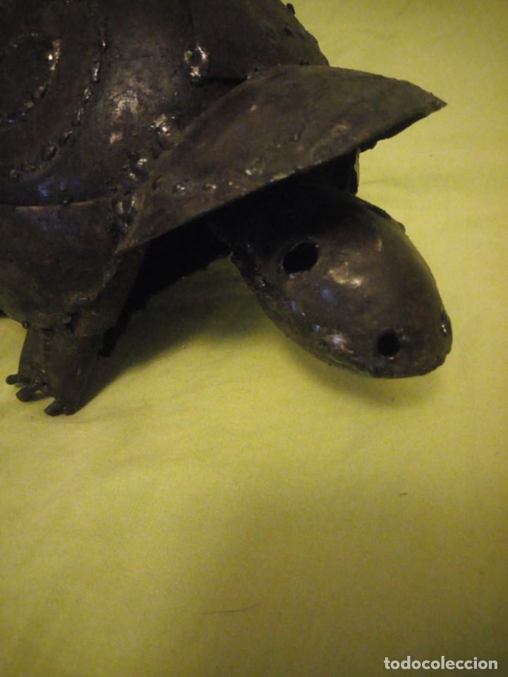 Arte: Bonita tortuga hecha de retales de metal,chapa.balancea la cabeza - Foto 5 - 195932688