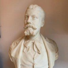 Arte: ELEGANTE BUSTO EN MARMOL DE JOSEP BERTRAND SALSAS - POR JOSEP REYNES 1882- 72 ALT.47 ANCHO. Lote 198724607