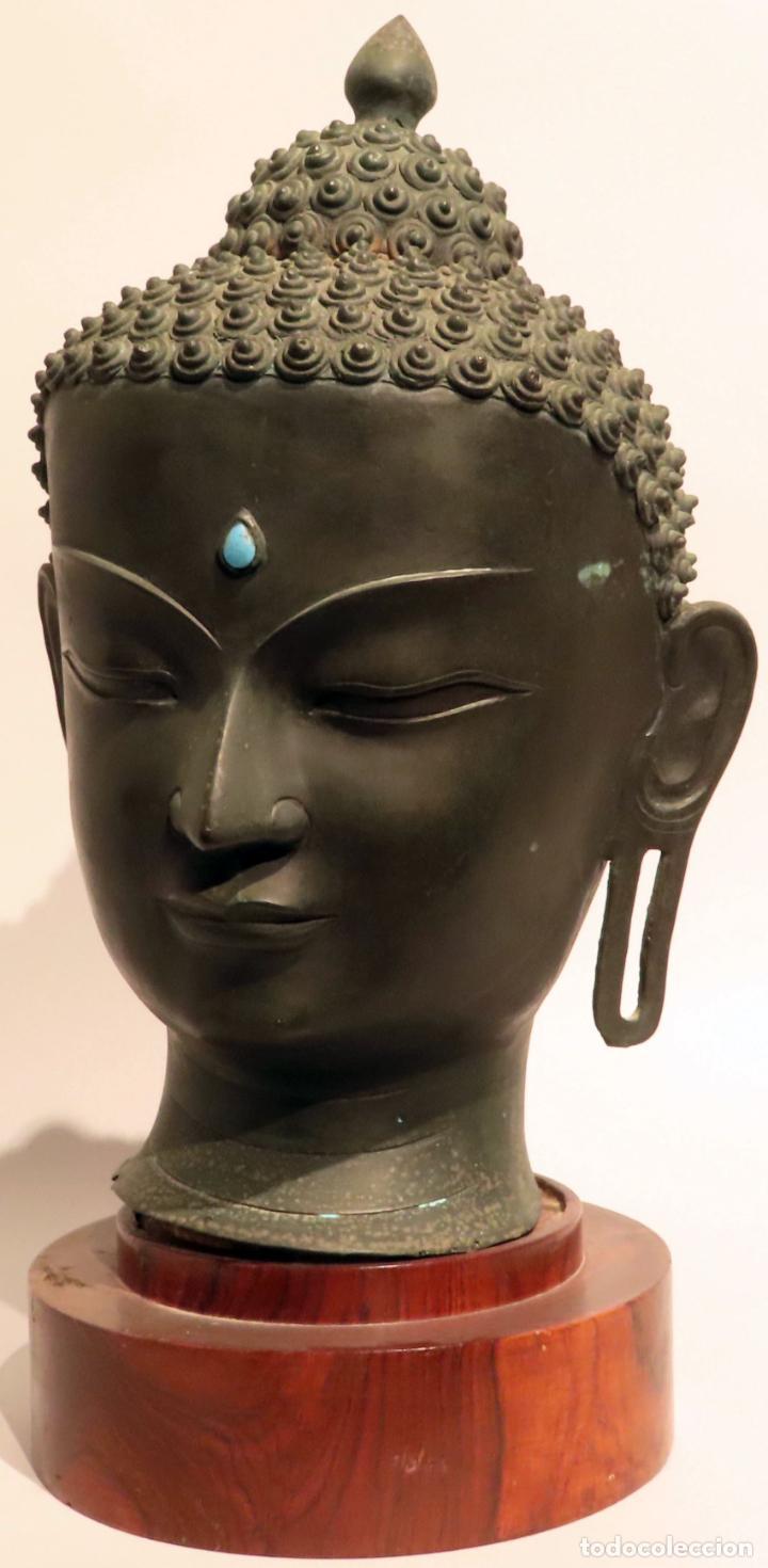 Arte: Busto de Buda en bronce con cabujón de piedras duras y peana de madera China siglo XIX - Foto 7 - 198812200