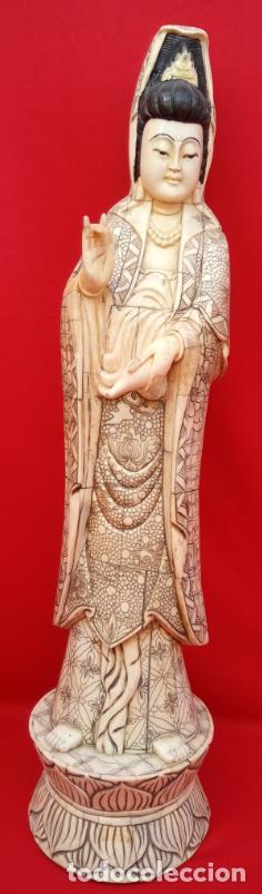 ESCULTURA DE DIOSA GUANYIN DE HUESO, CIRCA 1900. MAGNÍFICA TALLA. 51 CMS DE ALTURA (BUEN TAMAÑO) (Arte - Escultura - Hueso)