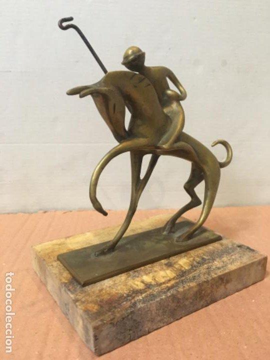 Arte: (M) FIGURA ART-DECO DE BRONCE , JUGADOR DE POLO 17,5 altura X13,5X10,3 cm. - Foto 2 - 199831298