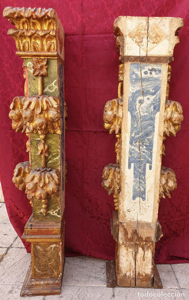 Arte: Importante pareja de pilastras en madera tallada, dorada y policromada en rojo y verde. Siglo XVII. - Foto 8 - 201274028