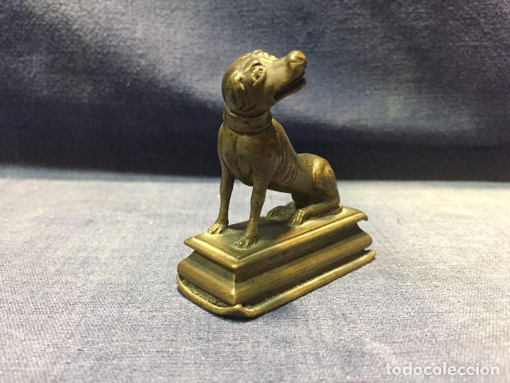 Arte: figura bronce perro sentado base escalonada bronce pisapapeles pesa PATINA francia s XVIII 5x5x2cms - Foto 9 - 201961685