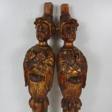 Arte: PAREJA DE TALLAS DE MADERA - FIGURAS ORIENTALES - ESTÍPITES - DORADOS EN PAN DE ORO - S. XIX. Lote 203971498