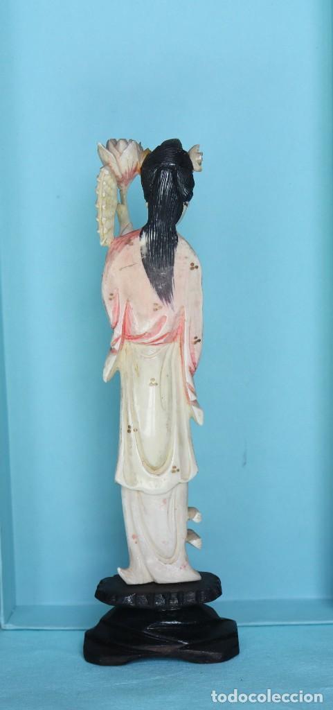 Arte: Talla japonesa de marfil pintado. Japanese sculpture of painted ivory. - Foto 8 - 71660359