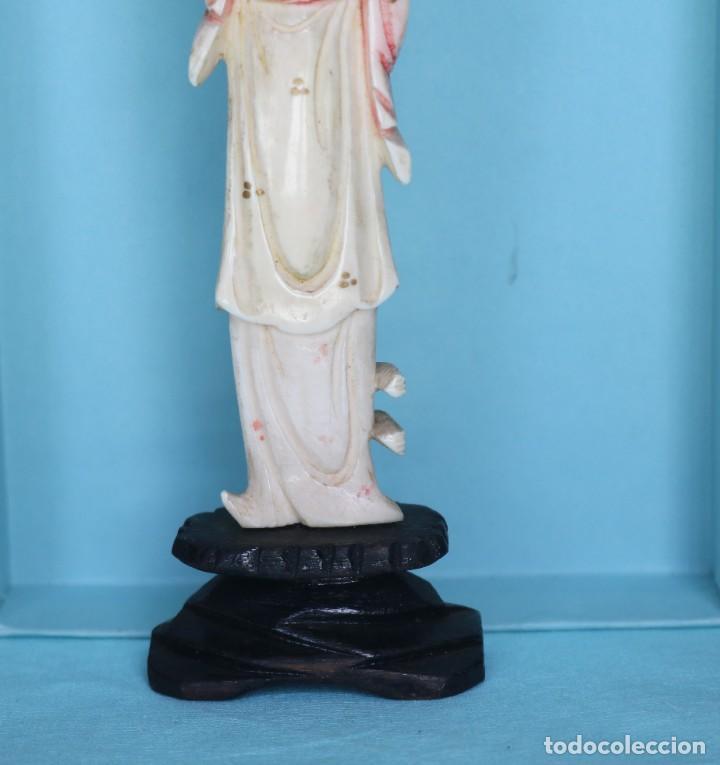 Arte: Talla japonesa de marfil pintado. Japanese sculpture of painted ivory. - Foto 3 - 71660359