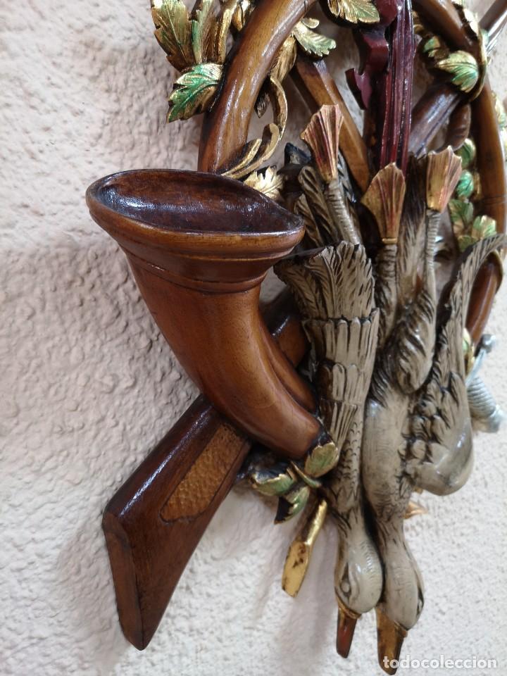 Arte: escudo de madera de cedro - Foto 4 - 204800847