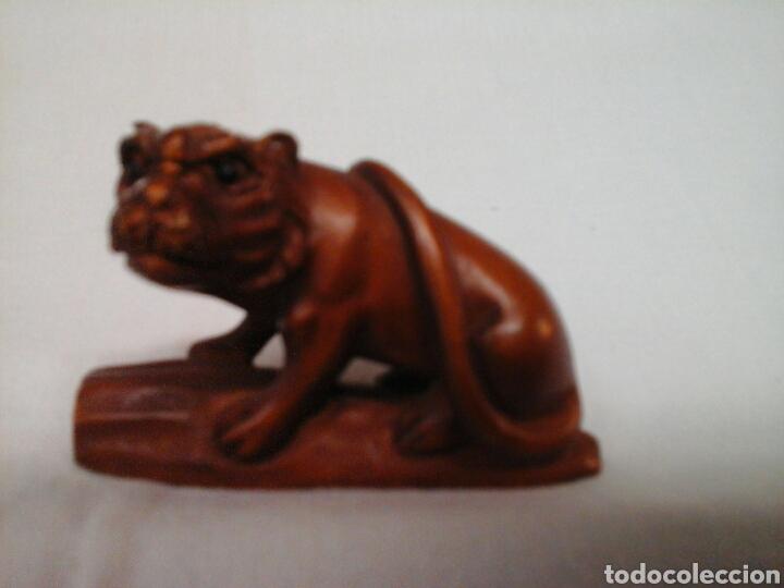 NETSUKE TALLADO TIGRE (Arte - Escultura - Madera)
