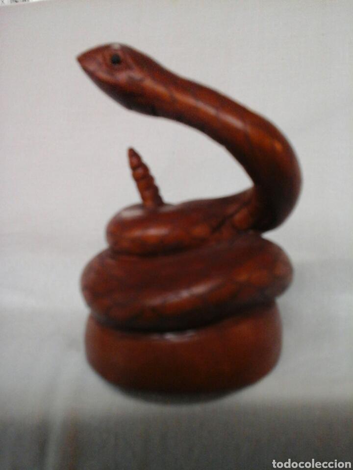 NETSUKE TALLADO SERPIENTE (Arte - Escultura - Madera)