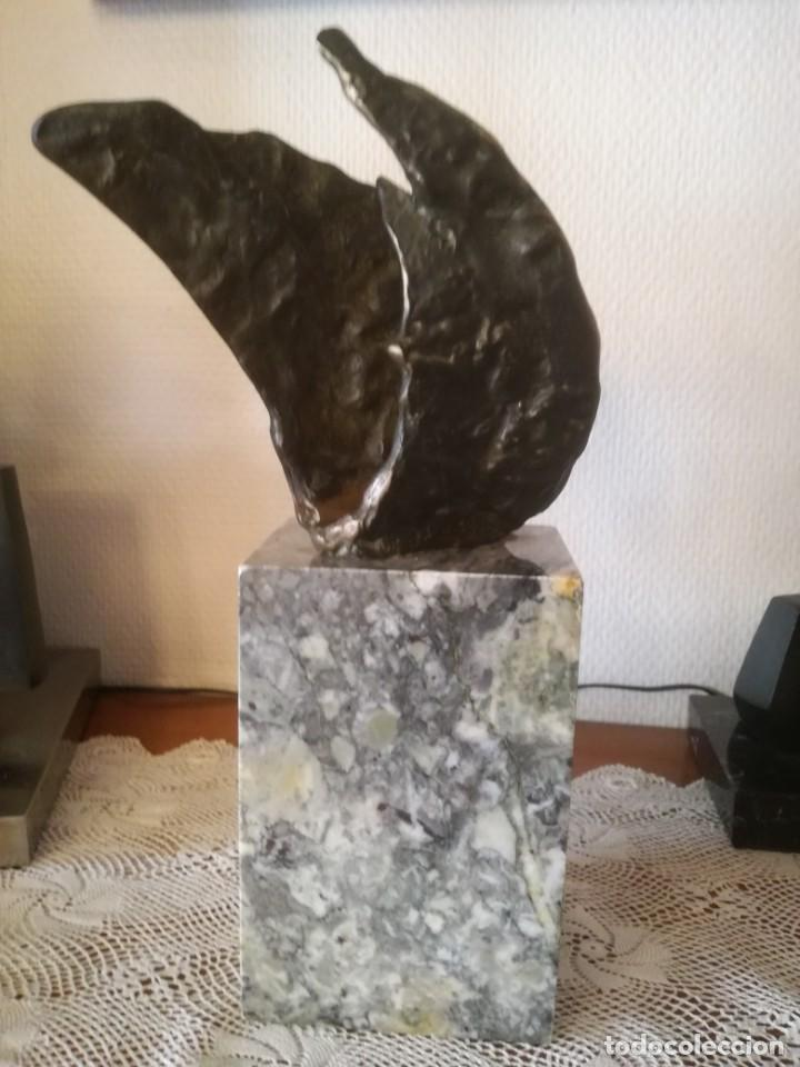 HORTENSIA NUÑEZ LADEVEZE ESCULTURA PALOMA ABSTRACTA BRONCE (Arte - Escultura - Bronce)