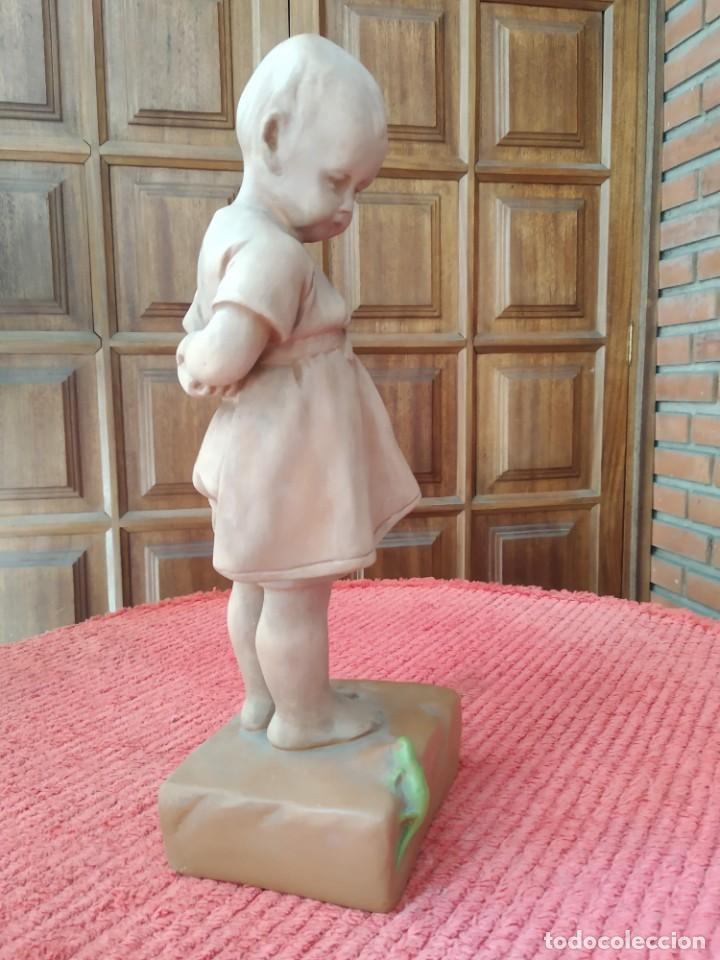 Arte: Figura de niña terracota antigua - Foto 2 - 206584941