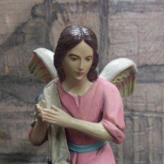 Arte: PRECIOSO ANGEL EN TERRACOTA POLICROMADO A MANO. Lote 206764667