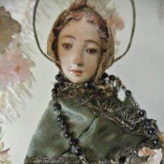 Arte: ANTIGUA VIRGEN, CAP Y POTA EN URNA, CAMPANA DE CRISTAL.. Lote 207142176