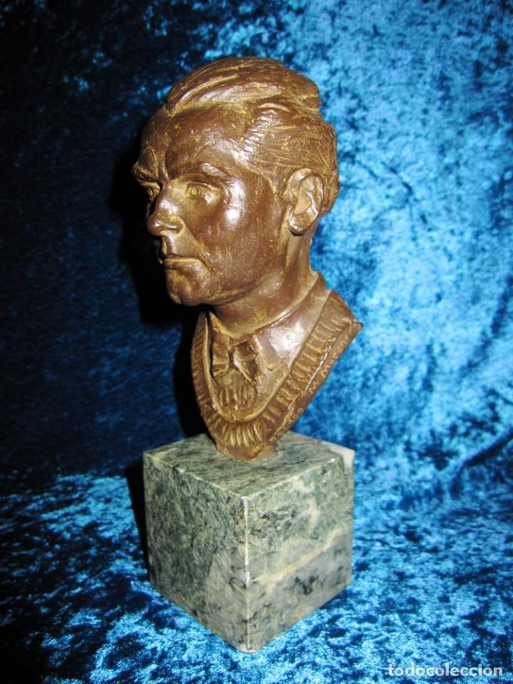Arte: Busto bronce Federico García Lorca. Miguel Moreno. Certificada y numerada - Foto 10 - 219203811