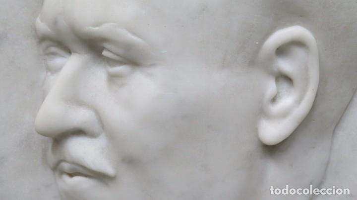 Arte: RETRATO EFIGIE DE CABALLERO EN BAJORRELIEVE. MARMOL. JUAN GURAYA (1893-1965). LA HABANA. 1925 - Foto 12 - 209572235