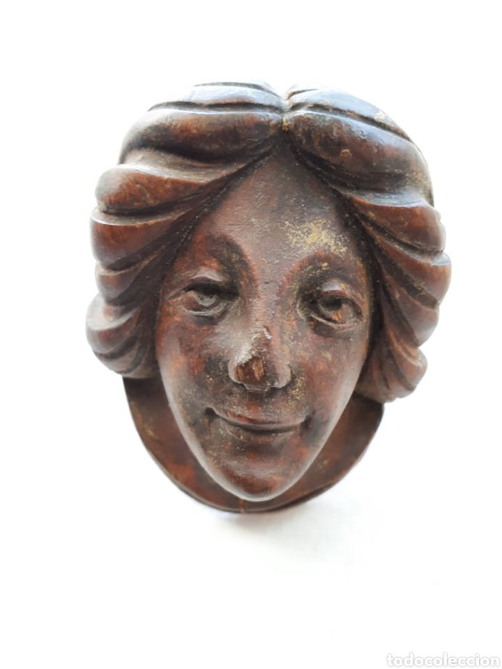 ANTIGUO ROSTRO TALLADO EN MADERA NOBLE (Arte - Escultura - Madera)