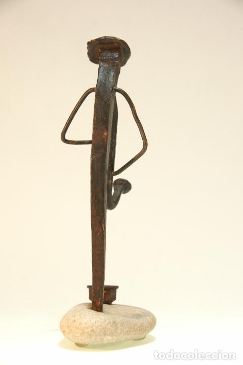 Arte: Divertida escultura de músico con saxo, realizada con materiales reciclados. Pieza artesanal y única - Foto 4 - 210934036