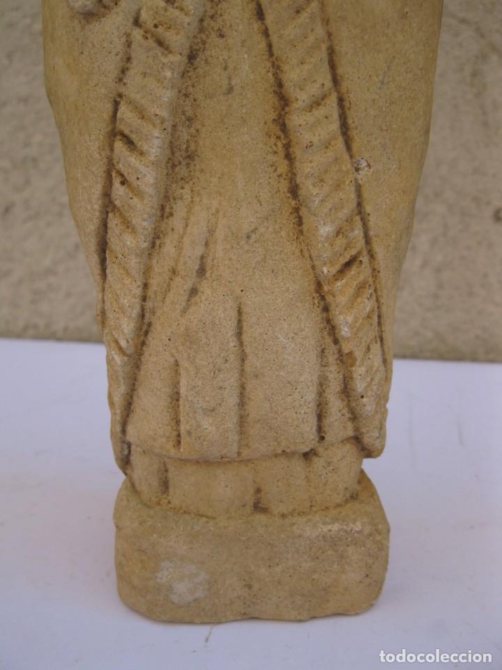 Arte: ANTIGUA FIGURA RELIGIOSA TALLADA EN PIEDRA. - Foto 5 - 210949991