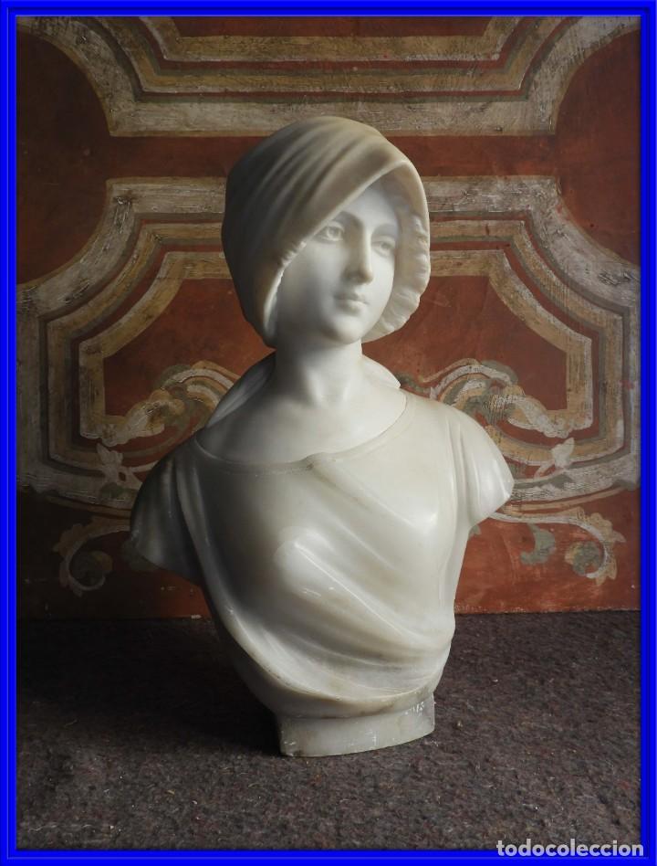PRECIOSO BUSTO ANTIGUO DE MARMOL Y ALABASTRO FIRMADO POR PUGI (Arte - Escultura - Alabastro)