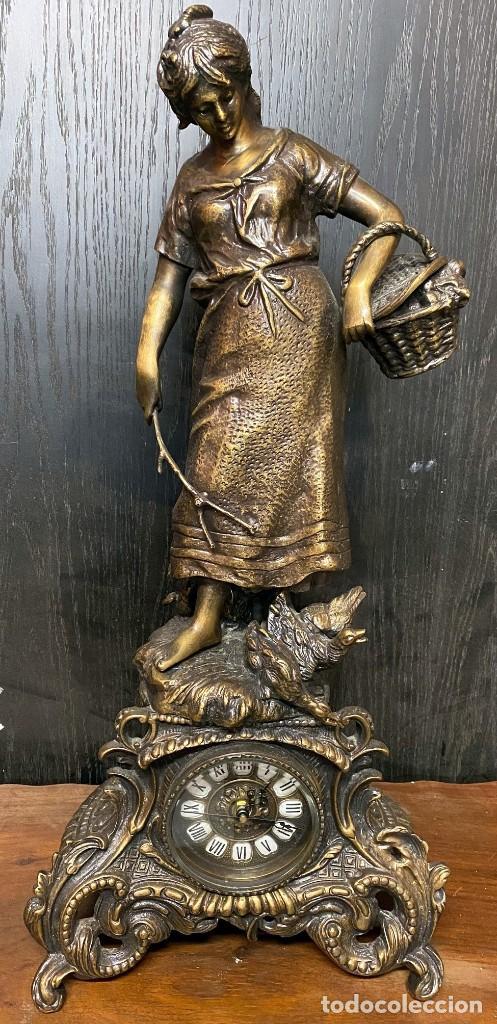 Arte: Antiguo reloj, escultura ,figura, de bronce macizo, modernista. 65x30x22cm Marcel Début - Foto 5 - 121351295