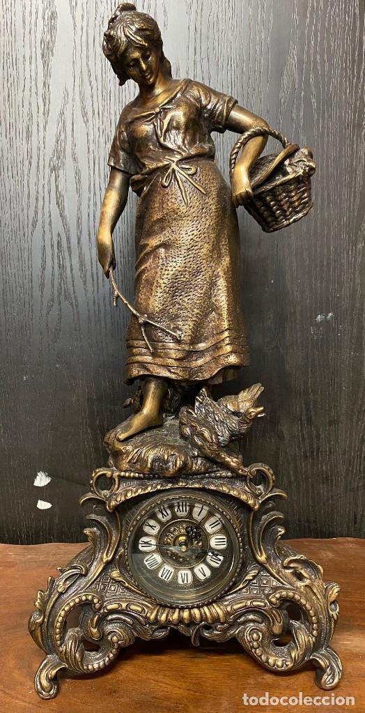 Arte: Antiguo reloj, escultura ,figura, de bronce macizo, modernista. 65x30x22cm Marcel Début - Foto 3 - 121351295